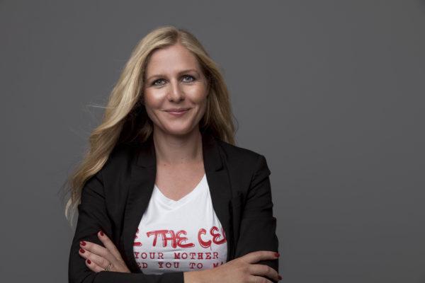 t shirt - Be the CEO - Helle Rosendahl portræt